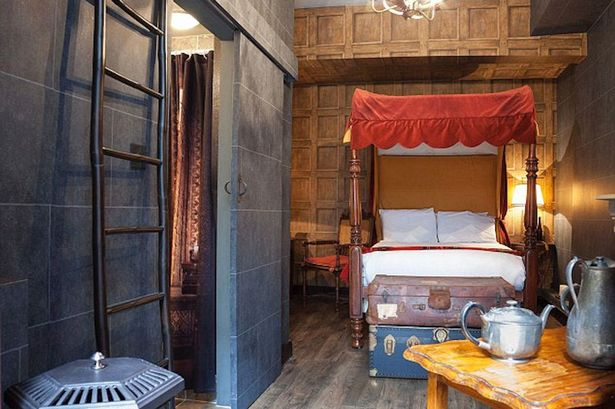 Harry_Potter_Themed_Hotel_London.jpeg