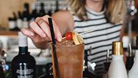 Beginner bartender - small