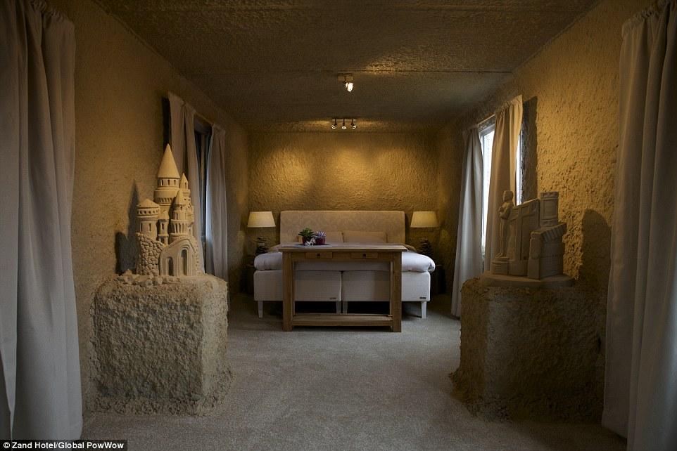 ZandHotel_Sand_Castle_Hotel_Netherlands.jpg