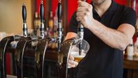 3 traits bartenders - small