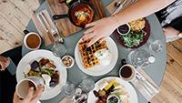 Driving restaurant revenue - small