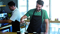 How to hire restaurant superstars- winning the  war with talent_200x113