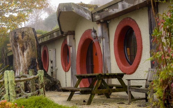 Hobbit_Themed_Motel_New_Zealand.jpg
