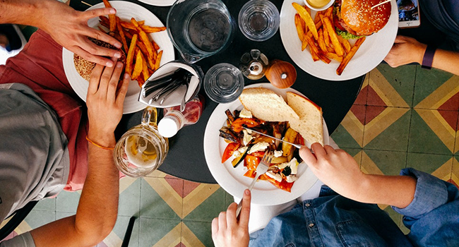 6 ways to drive repeat restaurant customers